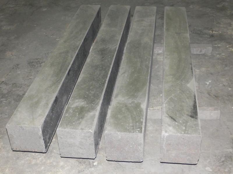 石墨化阻流块